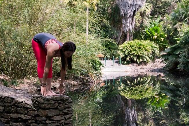 beginner-yoga-poses-ardha-uttanasana